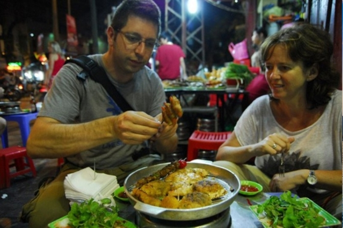 HALONG STREET FOOD TOUR